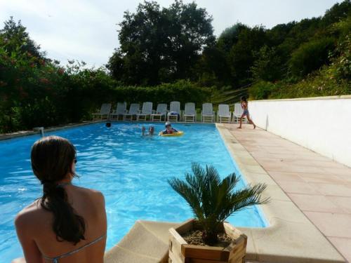 Les Chalets de Pierretoun : Guest accommodation near Bardos