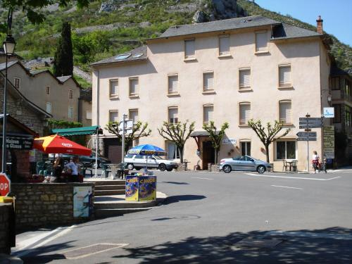 Azureva La Malene Gorges du Tarn : Hotel near La Malène
