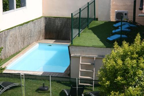 Un Coin de Paradis : Guest accommodation near Bellegarde-Sainte-Marie