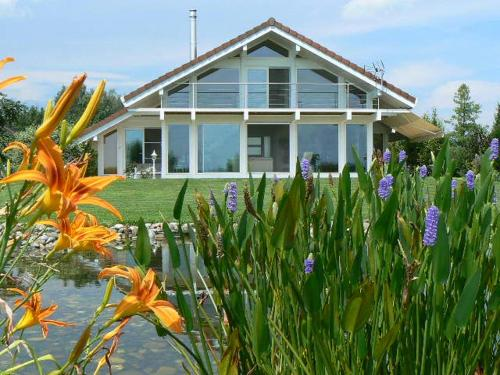 Les Pénates : Bed and Breakfast near Romagny
