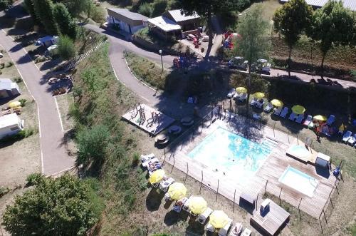 Camping Le Mas des Sédariès : Guest accommodation near Saint-André-Capcèze