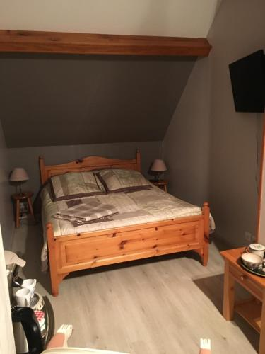 Chambre chez Floreal : Bed and Breakfast near Saint-Georges-sur-Baulche