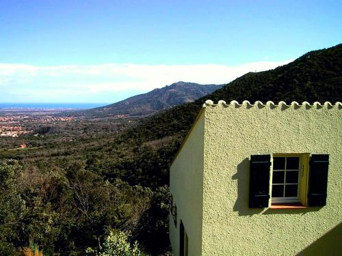 Allee de L'Ouillat : Guest accommodation near Maureillas-las-Illas