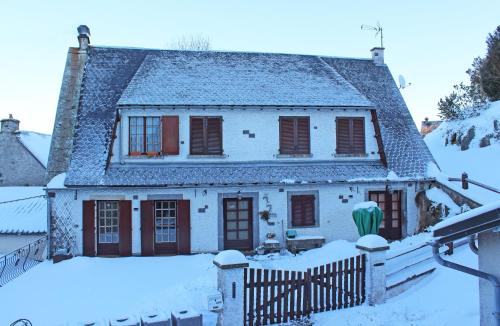 La Cascade Fleurie : Apartment near Saint-Donat