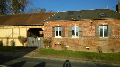 Chez Tripp : Guest accommodation near Saint-Germer-de-Fly