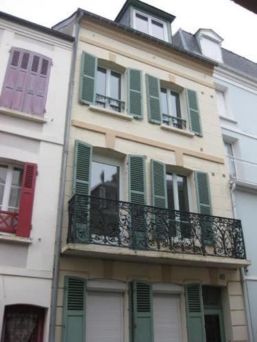 Les Trefles : Appartements et Studios : Apartment near Trouville-sur-Mer