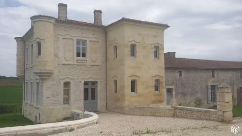 Domaine des Augers : Guest accommodation near Jarnac-Champagne