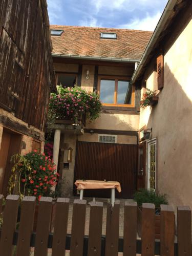 Appartments Rue Des Châteaux : Apartment near Heiligenstein