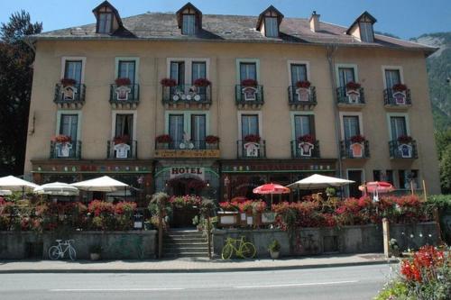 Hôtel Oberland : Hotel near Ornon