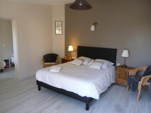 Le Relais des Flâneurs : Bed and Breakfast near Saint-Manvieu-Norrey