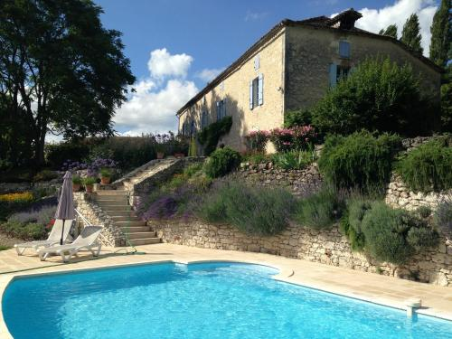 La Barrat : Guest accommodation near Ferrensac