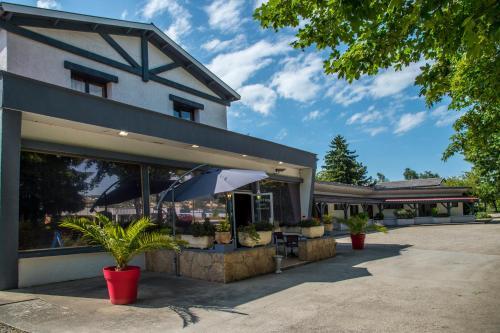 Relais 500 De Vienne : Hotel near Le Péage-de-Roussillon