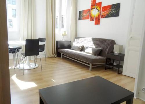 Appartement Deux Chambres CENTRE Marseille (JOLIETTE) : Apartment near Marseille 16e Arrondissement