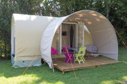 Camping la Chaumière : Guest accommodation near Tagolsheim