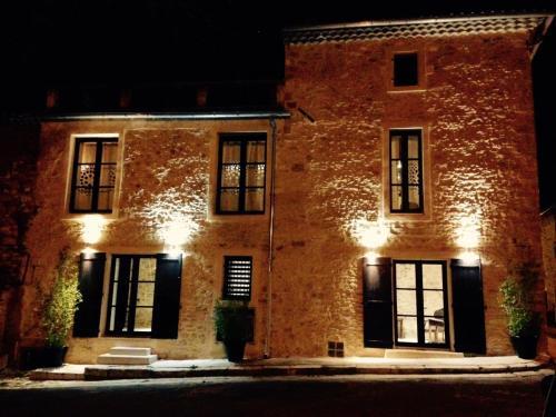 Résidence du Platane : Guest accommodation near Saint-Geniès-de-Comolas