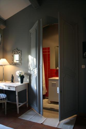 La Maison sur la Colline : Bed and Breakfast near Cazilhac