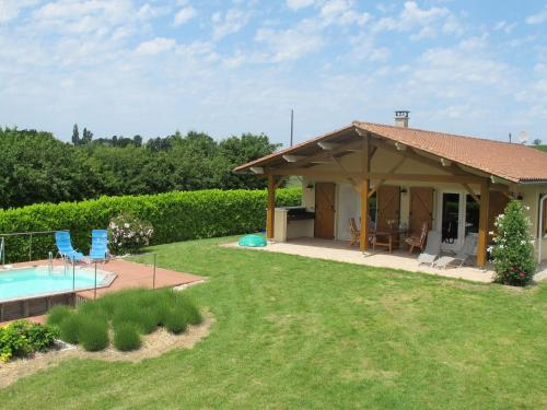 Maison De Vacances - Sadillac 1 : Guest accommodation near Saint-Quentin-du-Dropt