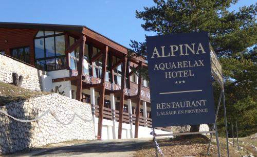 Chalet Alpina Aquarelax Hotel & Spa : Hotel near Saint-Antonin