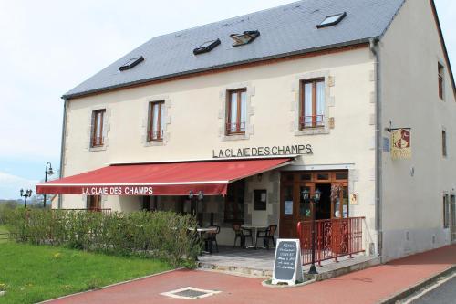 La Claie des Champs : Hotel near Buxières-sous-Montaigut