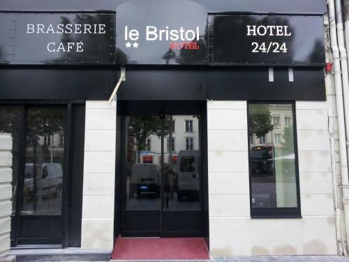 Hotel The Originals Reims Le Bristol (ex Inter-Hotel) : Hotel near Vieux-lès-Asfeld