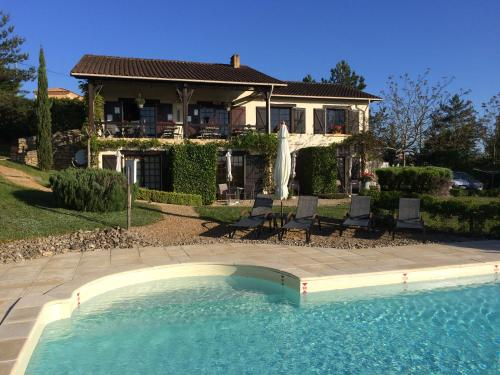 Les Trois Collines : Bed and Breakfast near Daglan