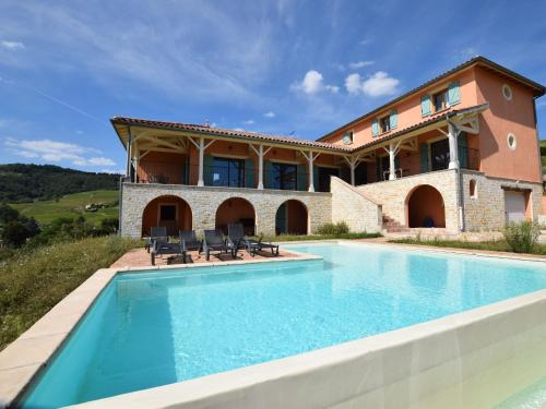 Villa - Chiroubles : Guest accommodation near Saint-Jacques-des-Arrêts