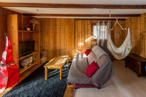 Le chalet porte bonheur : Guest accommodation near Cassagnoles
