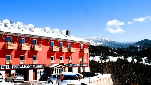 Hotel Corrieu : Hotel near Fontpédrouse