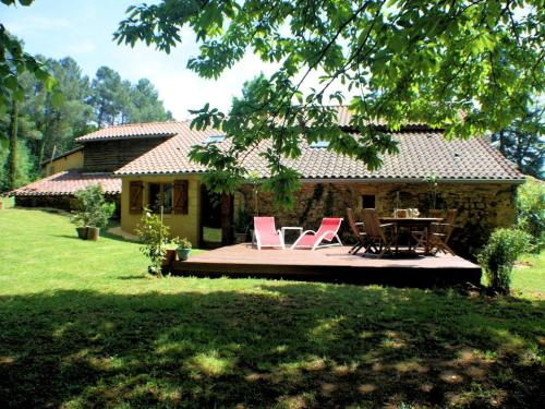 Gite La Foret : Guest accommodation near Saint-Caprais