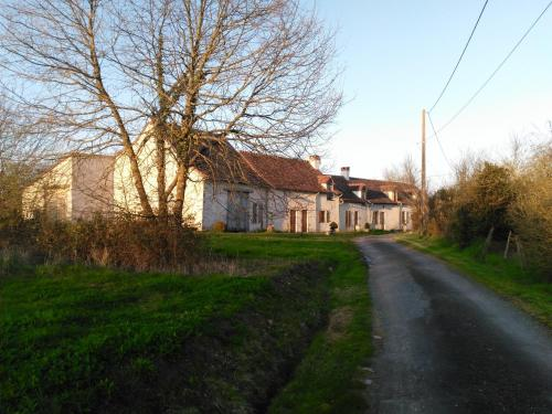 Bauvais : Bed and Breakfast near Saint-Hilaire-sur-Benaize