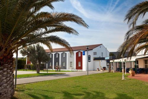 Kyriad Perpignan Nord : Hotel near Pia
