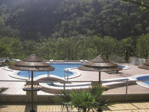 Eyrieux Camping : Guest accommodation near Coux