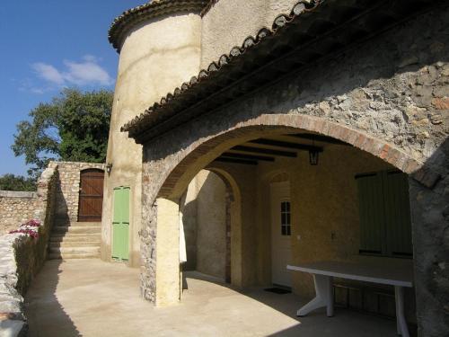 Domaine Deboisset : Guest accommodation near Saint-Brès