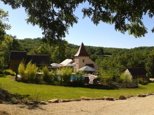 Charme & Jardin : Guest accommodation near Salviac