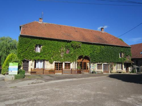 Chambre d'hôtes Chez Claudine : Bed and Breakfast near By