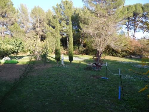 le Mas du Pin Vert : Guest accommodation near La Penne-sur-Huveaune