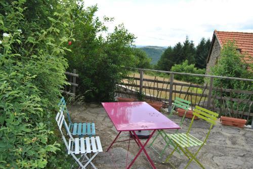 Gîte de la Meille : Guest accommodation near Sauvessanges