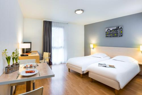 Aparthotel Adagio Access Rennes Centre : Guest accommodation near Montreuil-le-Gast