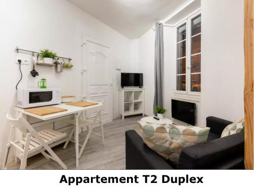 Appartement T2 Duplex : Apartment near Puéchoursi