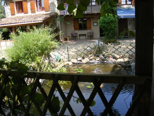 Gites Mirathon : Guest accommodation near Baleyssagues
