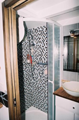 Paris 1st - Châtelet Les Halles - Rue Ferronnerie - ID 161 : Apartment near Paris