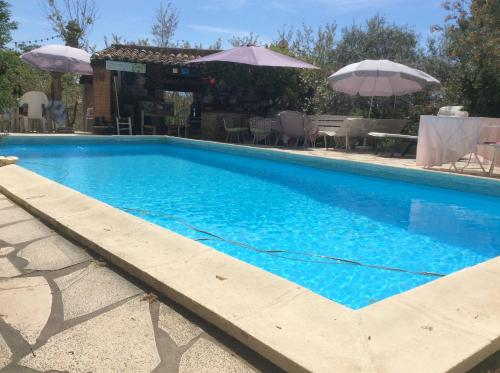 Lou ribas : Guest accommodation near Puyloubier