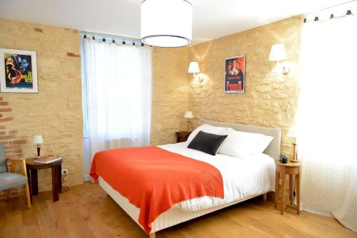 Les Hauts de Saint Vincent B&B proche Sarlat : Bed and Breakfast near Saint-Vincent-de-Cosse