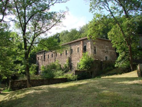 The lodges of Monepiat : Guest accommodation near Chalencon