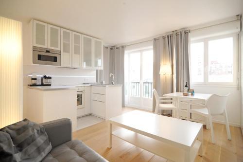 Batignolles Studio : Apartment near Clichy