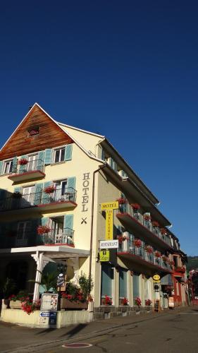 Hôtel aux Bruyères : Hotel near Orbey