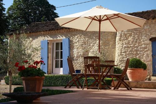 Chambres d'Hôtes Les Bourdeaux : Guest accommodation near Laussou