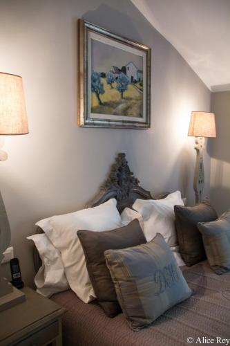 Domaine de Mejeans - Les Collectionneurs : Bed and Breakfast near Vernègues