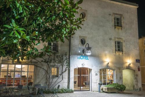 Hôtel Saint Nicolas : Hotel near La Rochelle