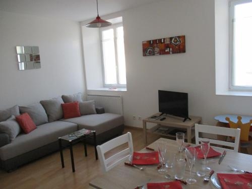 Appartement À Epernay : Apartment near Brugny-Vaudancourt